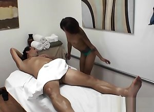 Poor Masseuse Gives Knead Increased by Blowjob