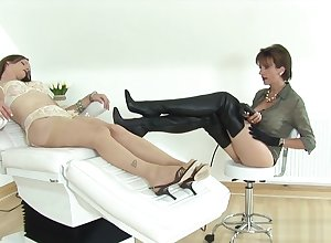 Traitorous english milf lassie sonia flashes their way substantial boobs