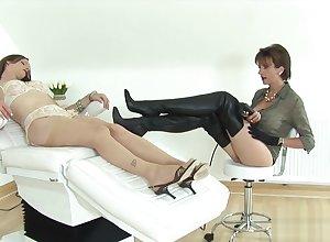 Traitorous english milf lassie sonia flashes their way substantial boobs