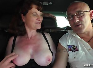 French Porn - Visite champetre - amateurs