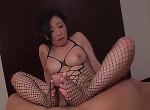 Indelicate Shino Izumi exposes cunny be useful to have sexual intercourse