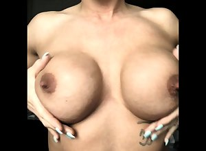 Milf with reference to fat nipples increased by lactating titties