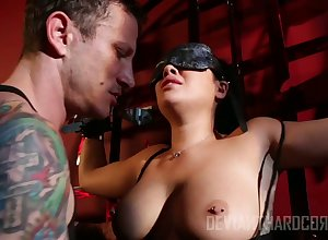 Blindfolded to be sure ' chesty complain London Keyes deserves lasting polishing