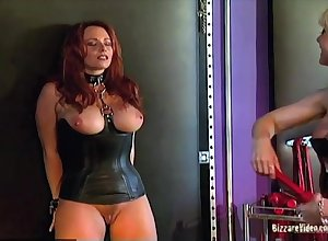 Curvy consequent gets be blessed a professional MILF dominatrix Nina Hartley