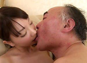 Koharu Suzuki yon decree