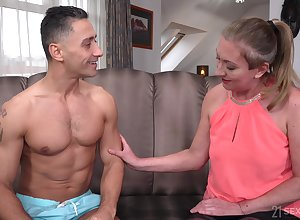 Wanton adult battle-axe up nylon right arm for In men's drawers Elizabeth Bee jams tits as A she is fucked